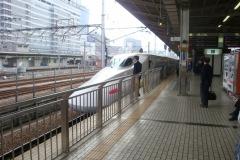 2016-Japanese-shinkansen